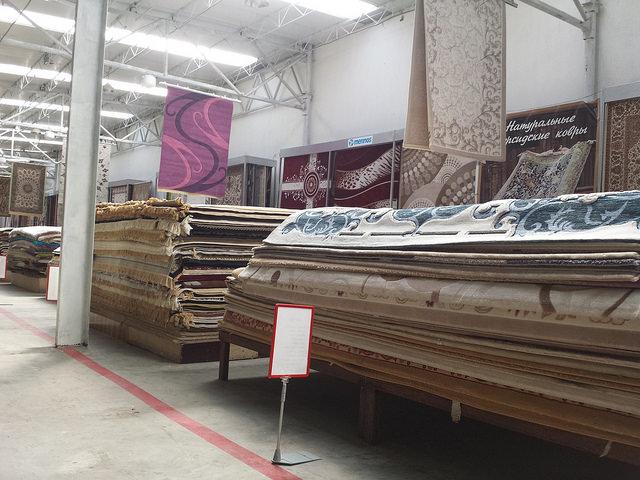 たくさんのカーペット